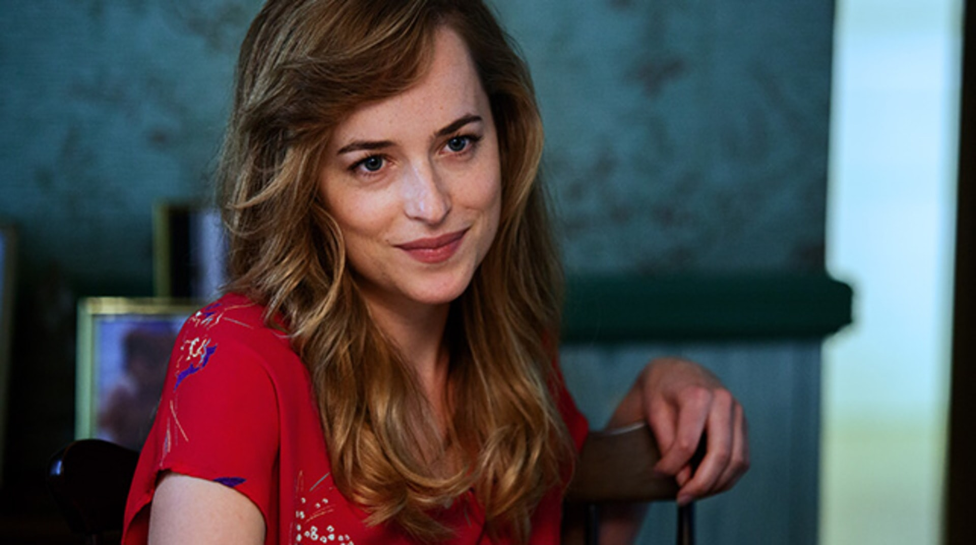 "DAKOTA JOHNSON as Lindsey Cyr in the drama ""BLACK MASS."""
