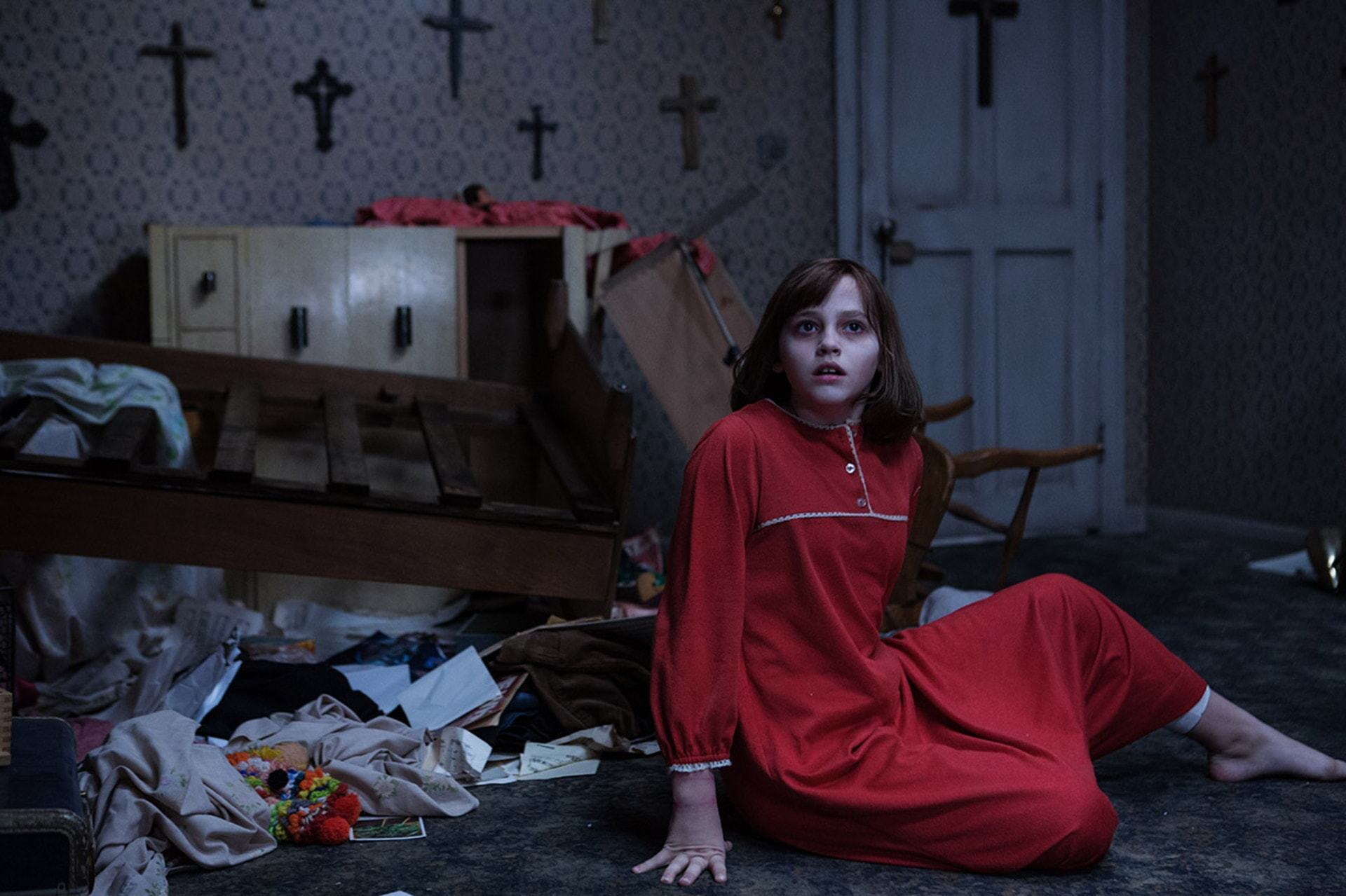 """MADISON WOLFE as Janet Hodgson in New Line Cinema's supernatural thriller """"THE CONJURING 2,"""" a Warner Bros. Pictures release."""