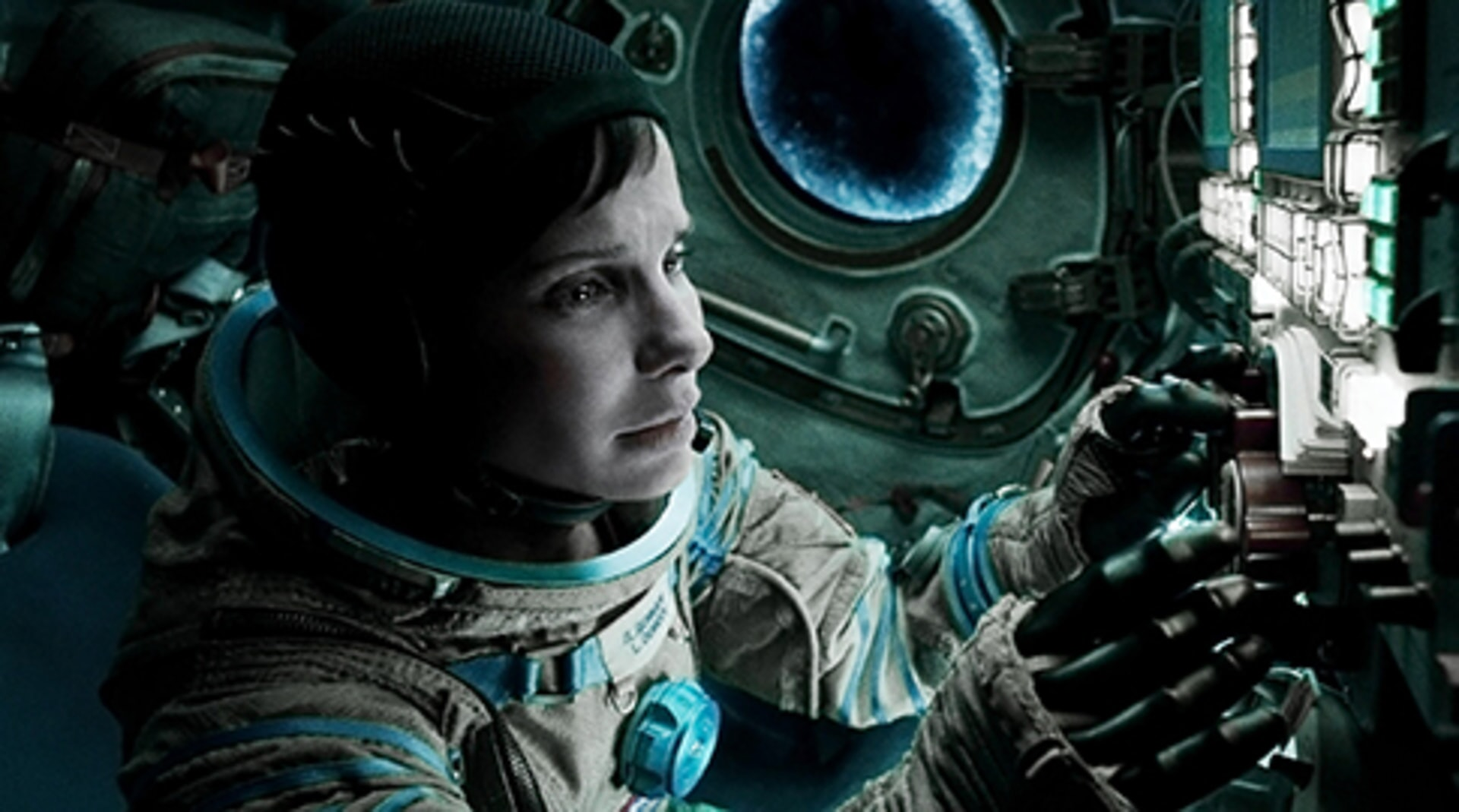 Gravity - Image 20