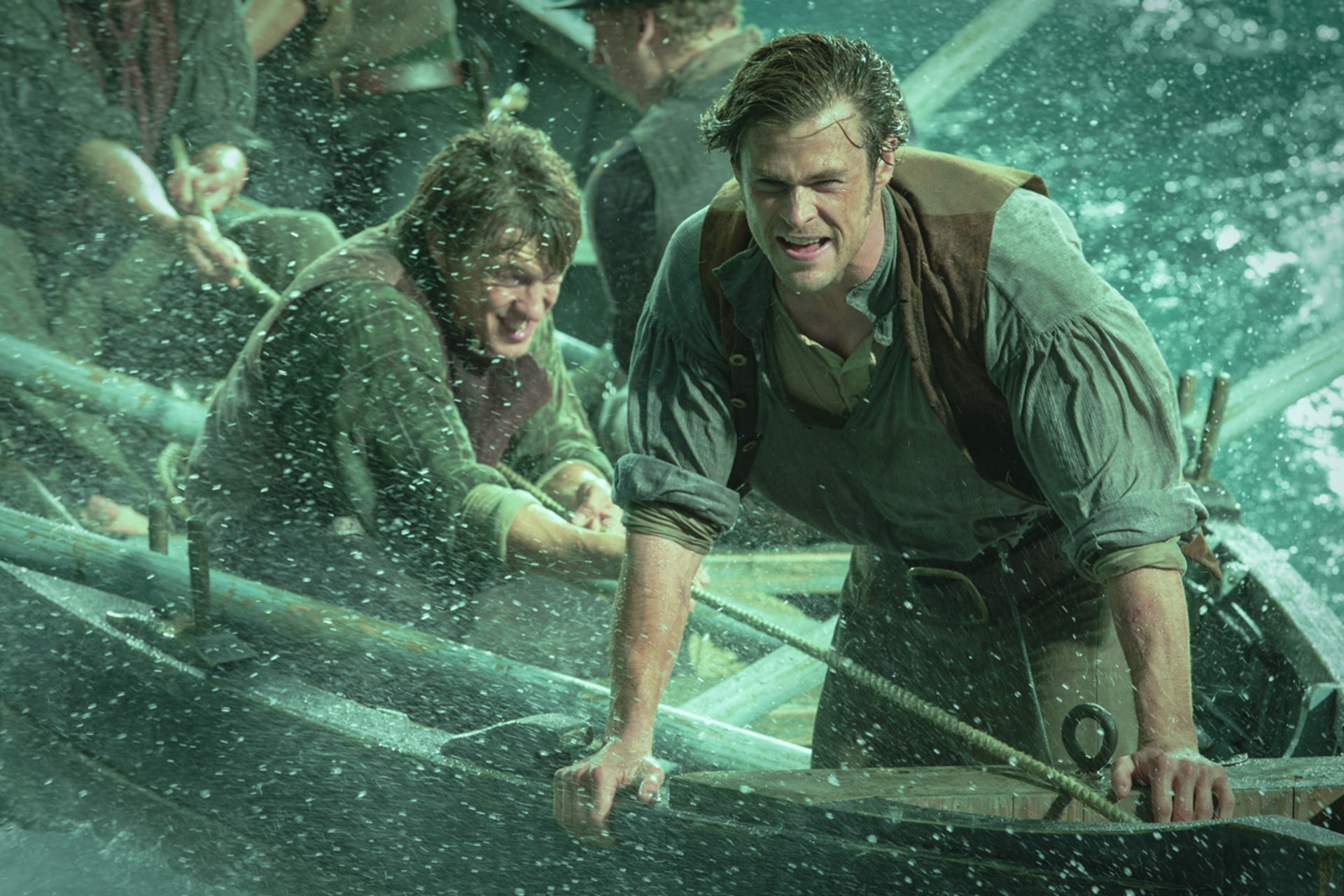"SAM KEELEY as Ramsdell and CHRIS HEMSWORTH as Owen Chase in Warner Bros. Pictures' and Village Roadshow Pictures' action adventure ""IN THE HEART OF THE SEA,"" distributed worldwide by Warner Bros. Pictures and in select territories by Village Roadshow Pictures."