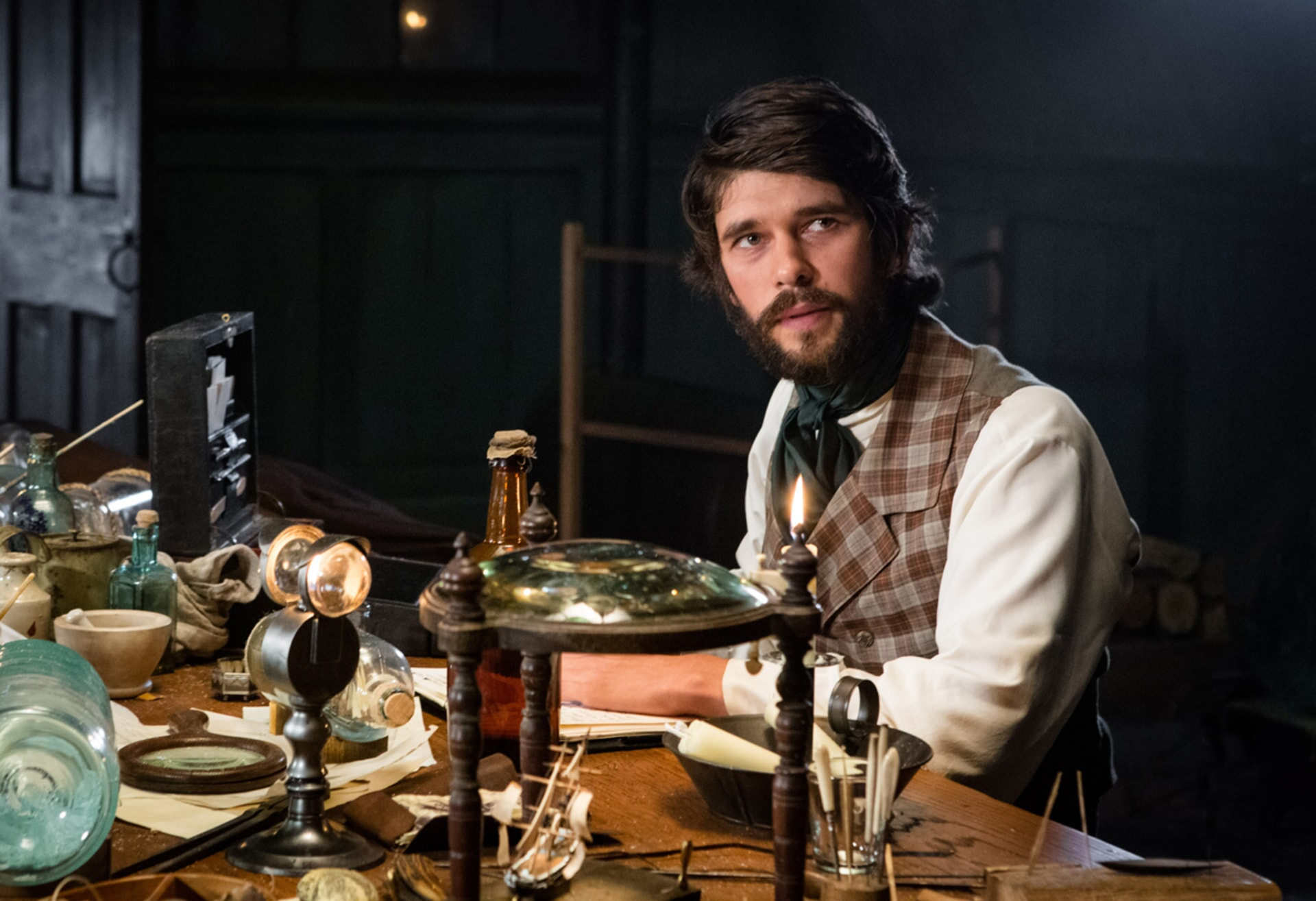 "BEN WHISHAW as Herman Melville in Warner Bros. Pictures' and Village Roadshow Pictures' action adventure ""IN THE HEART OF THE SEA,"" distributed worldwide by Warner Bros. Pictures and in select territories by Village Roadshow Pictures."