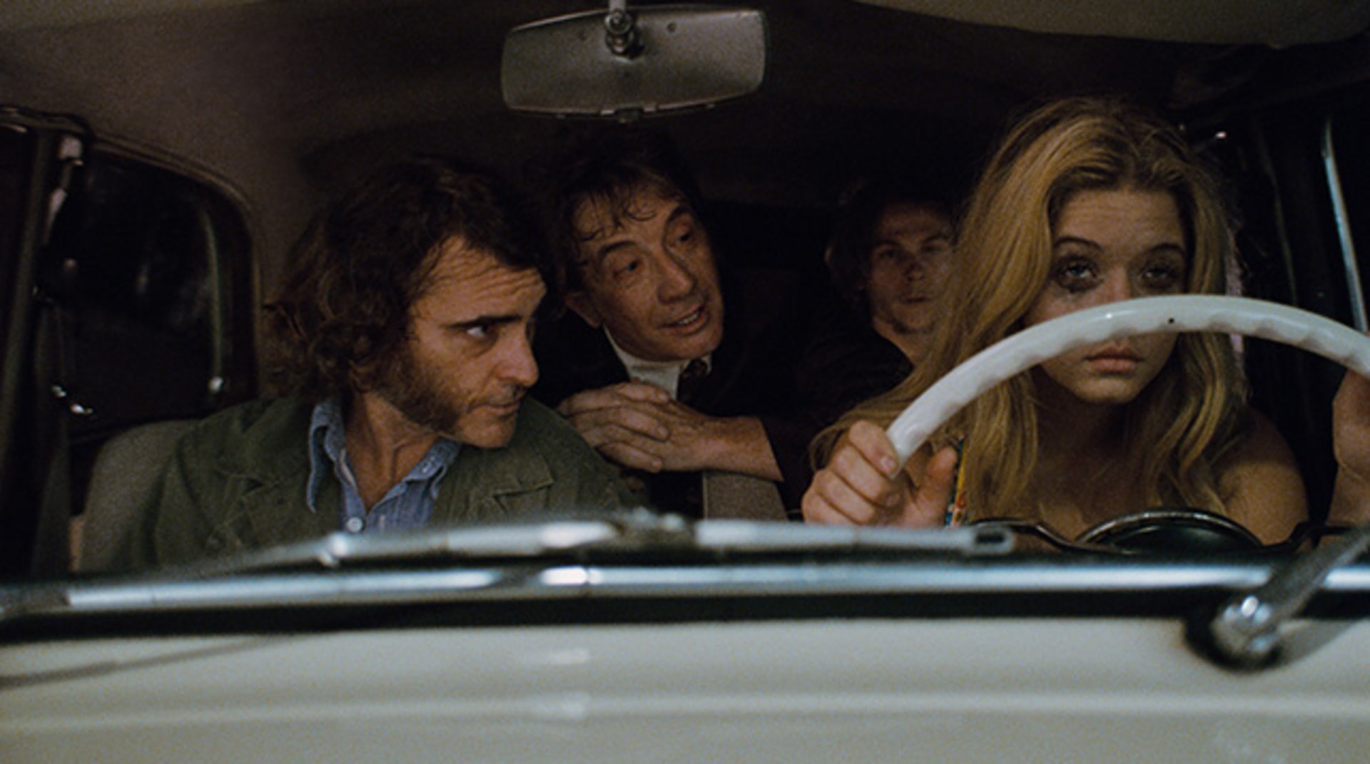 Inherent Vice - Image 42