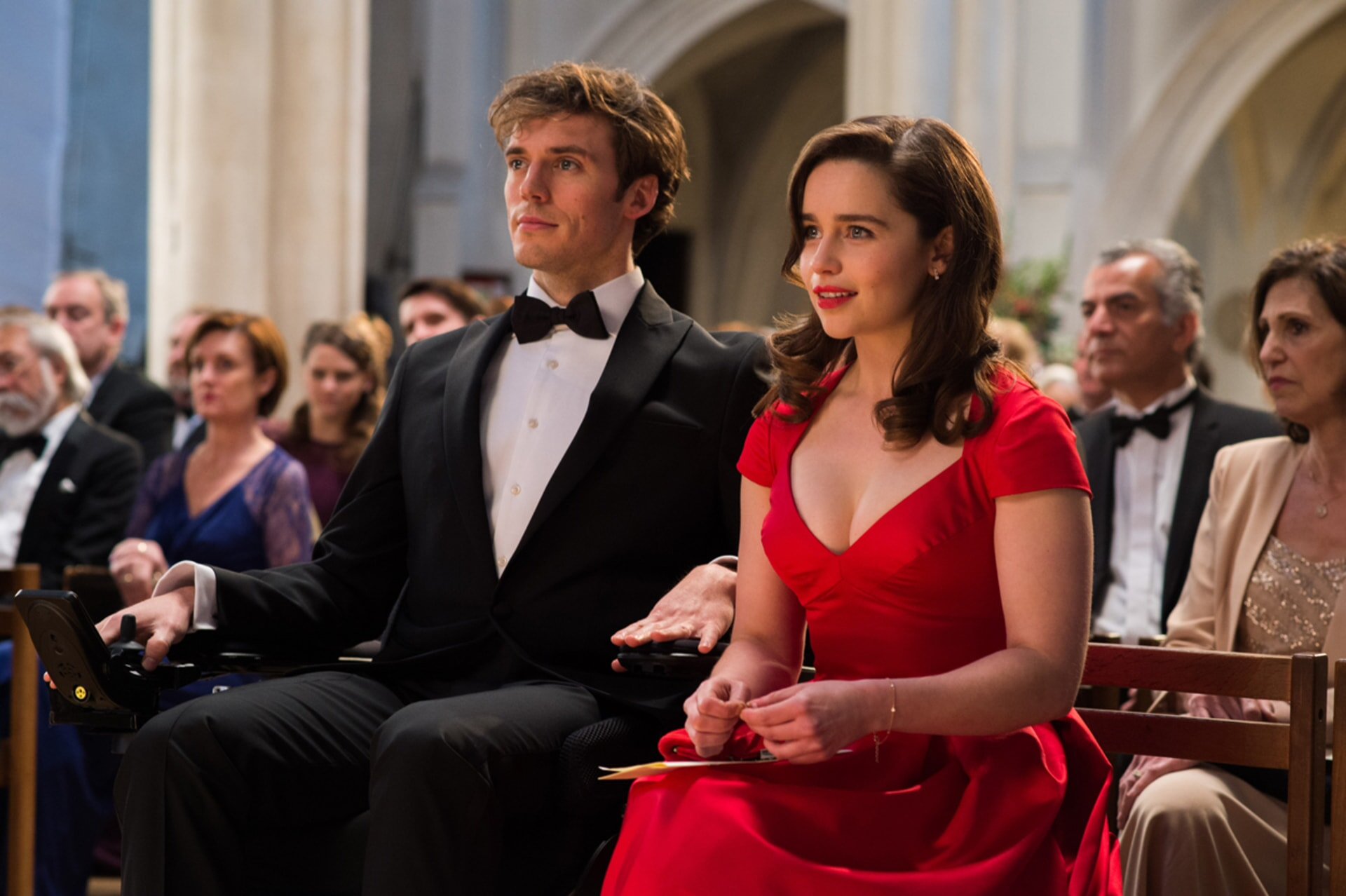 """SAM CLAFLIN as Will Traynor and EMILIA CLARKE as Louisa """"Lou"""" Clark in New Line Cinema's and Metro-Goldwyn-Mayer Pictures' romantic drama """"ME BEFORE YOU,"""" a Warner Bros. Pictures and Metro-Goldwyn-Mayer Pictures release."""