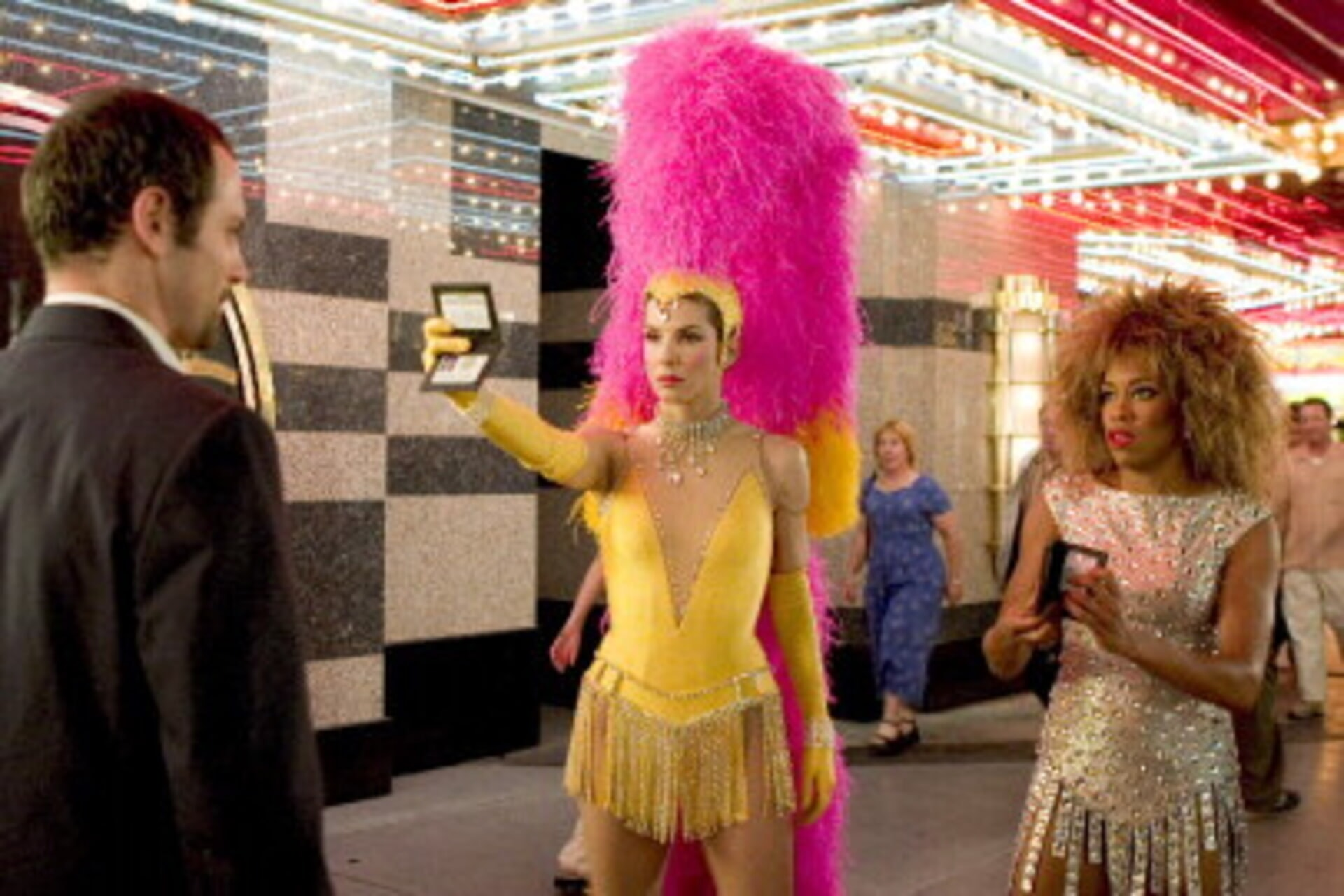 Miss Congeniality 2: Armed and Fabulous - Image 9