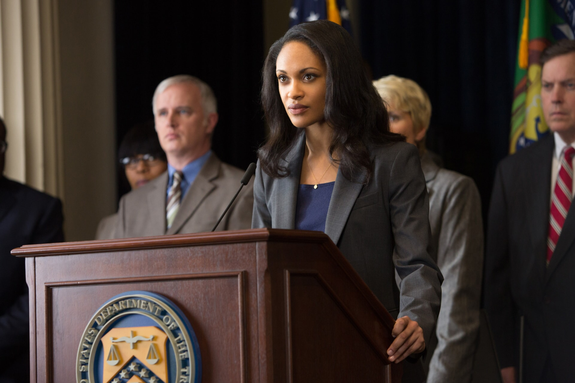 """CYNTHIA ADDAI-ROBINSON as Marybeth Medina in Warner Bros. Pictures' """"THE ACCOUNTANT,"""" a Warner Bros. Pictures release."""