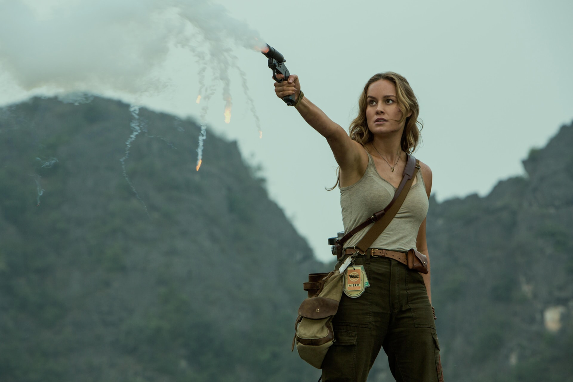 """BRIE LARSON as Mason Weaver in Warner Bros. Pictures', Legendary Pictures' and Tencent Pictures' action adventure """"KONG: SKULL ISLAND,"""" a Warner Bros. Pictures release."""