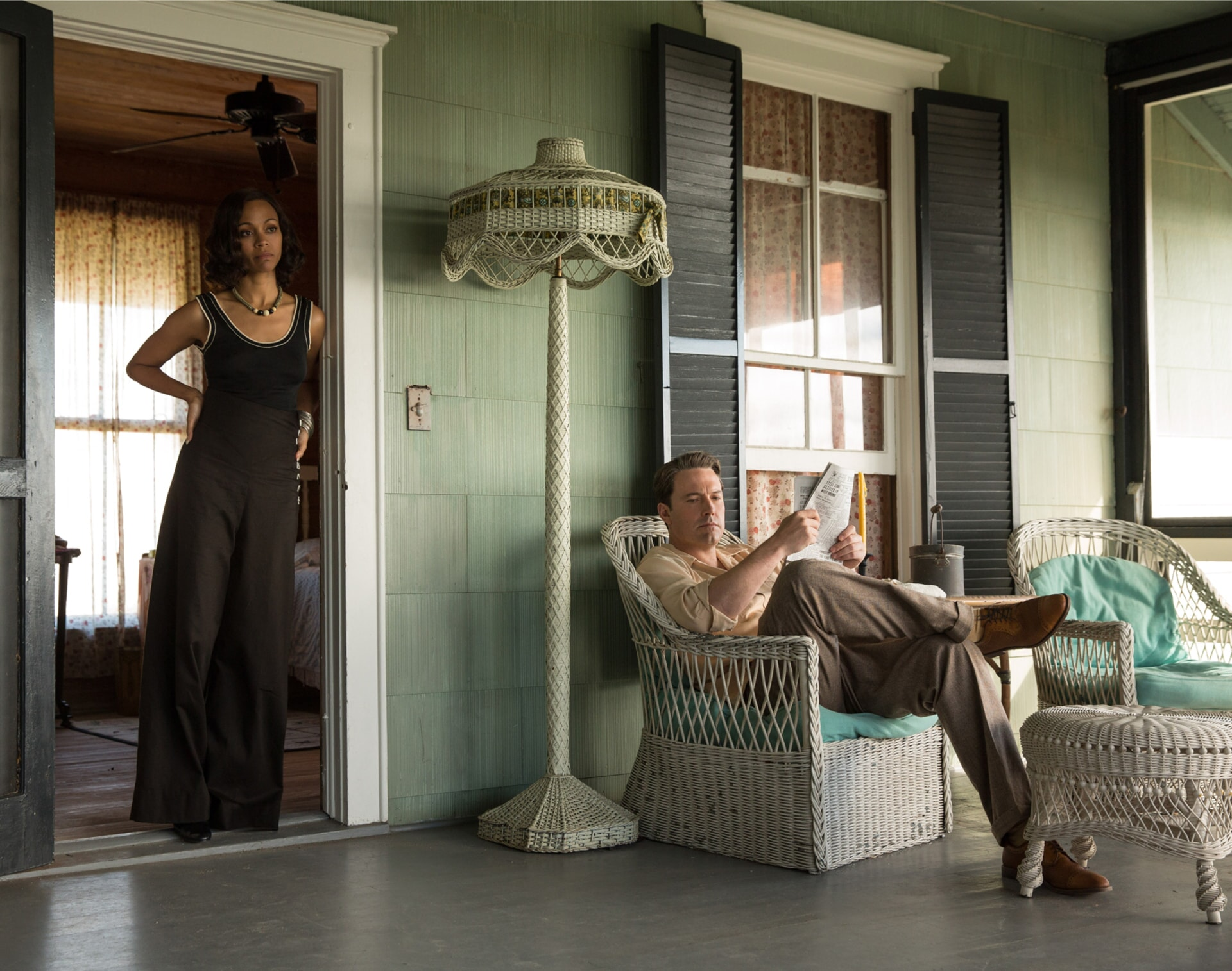 """ZOE SALDANA as Graciela and BEN AFFLECK as Joe Coughlin in Warner Bros. Pictures' dramatic crime thriller """"LIVE BY NIGHT,"""" a Warner Bros. Pictures release."""