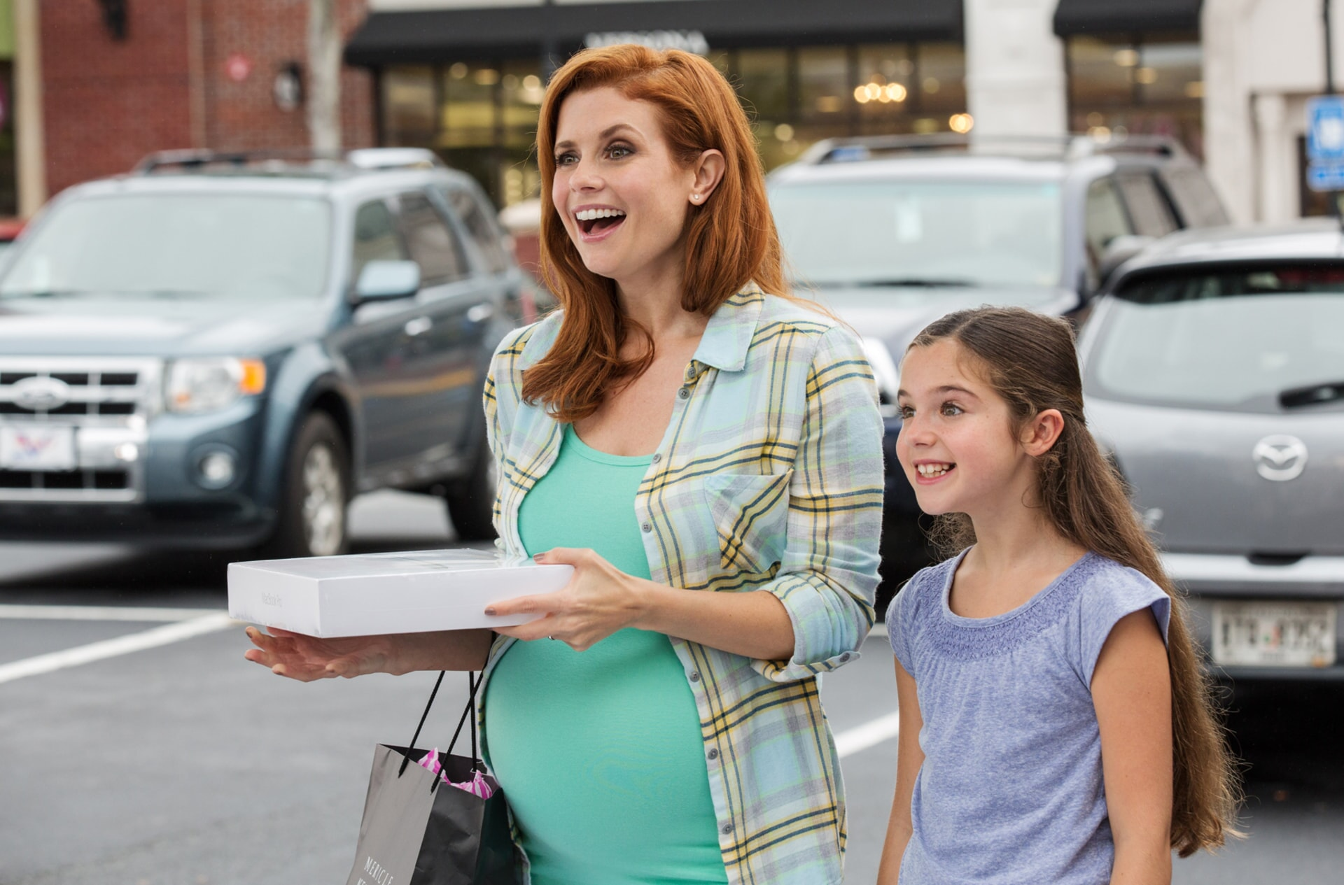 """JOANNA GARCIA SWISHER as Maggie and ALEXA NISENSON as Ally in the New Line Cinema and Village Roadshow Pictures comedy """"FIST FIGHT,"""" a Warner Bros. Pictures release."""