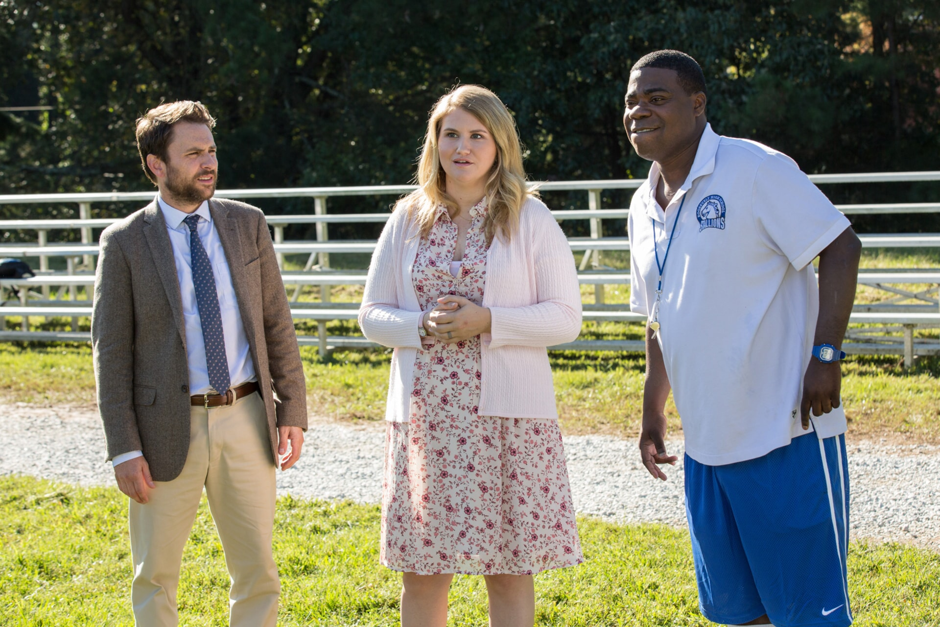 """CHARLIE DAY as Andy Campbell, JILLIAN BELL as Holly and TRACY MORGAN as Coach Crawford in the New Line Cinema and Village Roadshow Pictures comedy """"FIST FIGHT,"""" a Warner Bros. Pictures release."""