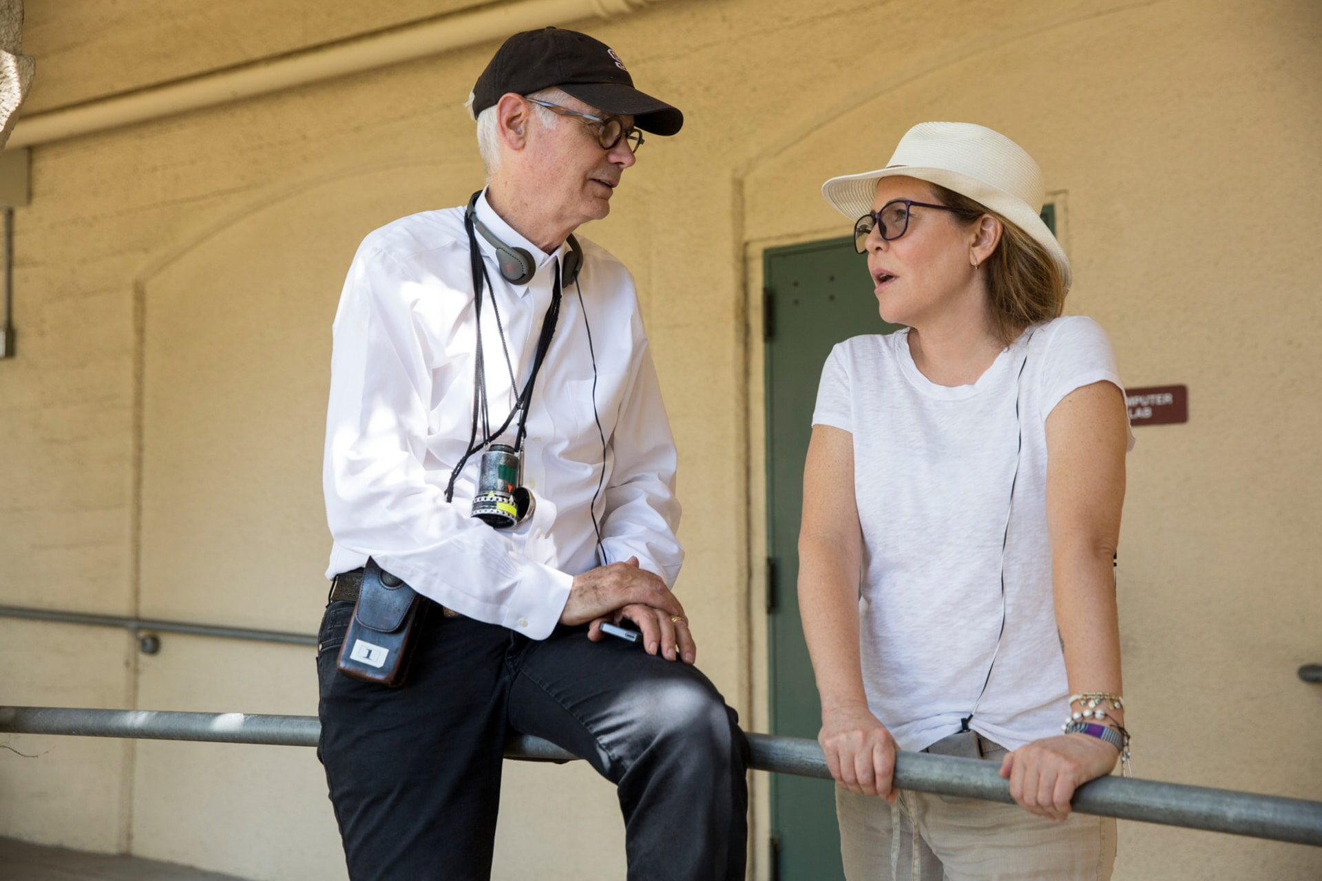 "Director of photography CALEB DESCHANEL and director/producer DENIS DI NOVI on the set of Warner Bros. Pictures' dramatic thriller ""UNFORGETTABLE,"" a Warner Bros. Pictures release."