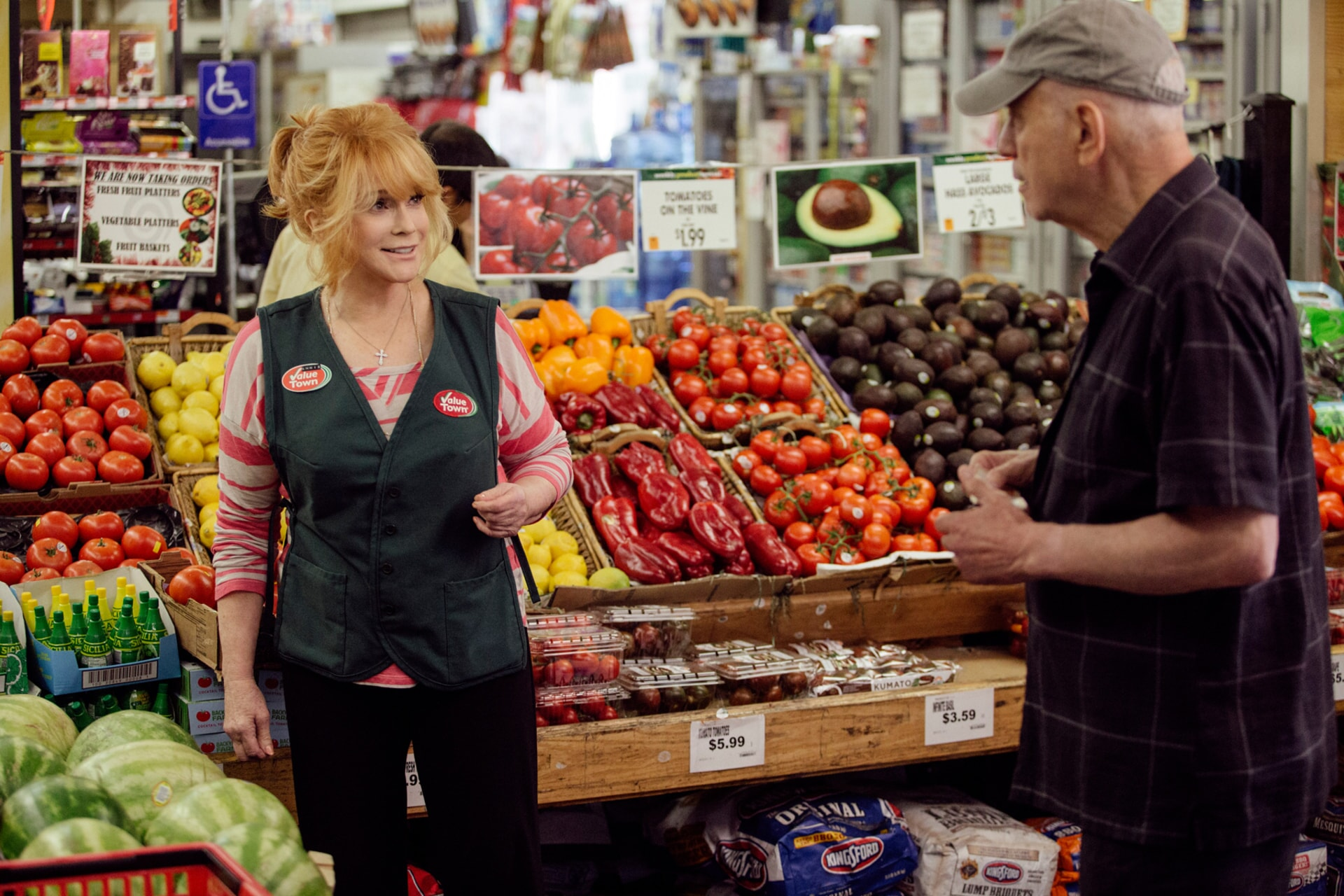 """ANN-MARGRET as Annie Santori and ALAN ARKIN as Albert Garner in the New Line Cinema and Village Roadshow comedy """"GOING IN STYLE,"""" a Warner Bros. Pictures release."""