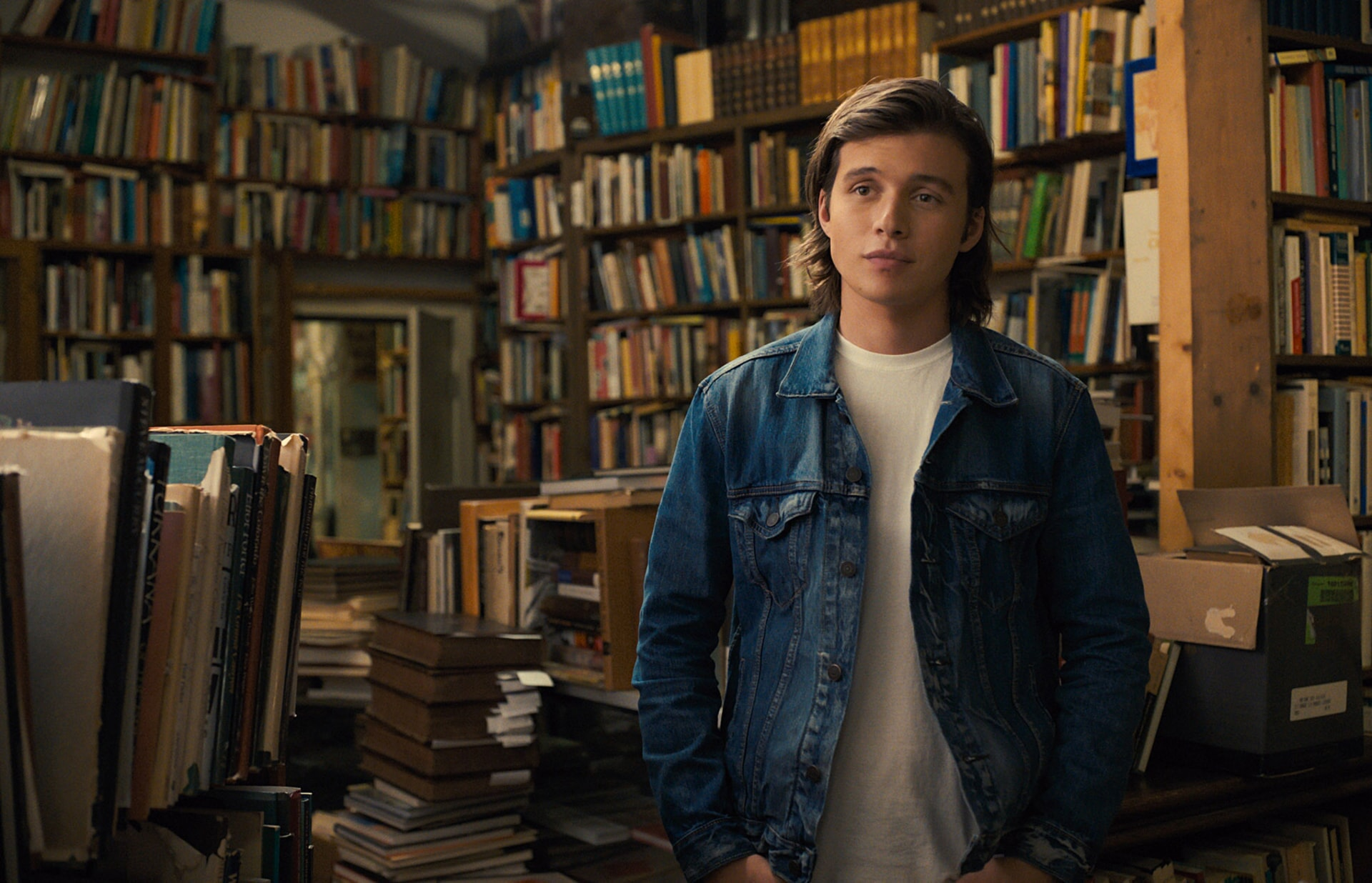 "NICK ROBINSON as Olly in the Warner Bros. Pictures and Metro-Goldwyn-Mayer Pictures romantic drama ""EVERYTHING, EVERYTHING,"" a Warner Bros. Pictures release."