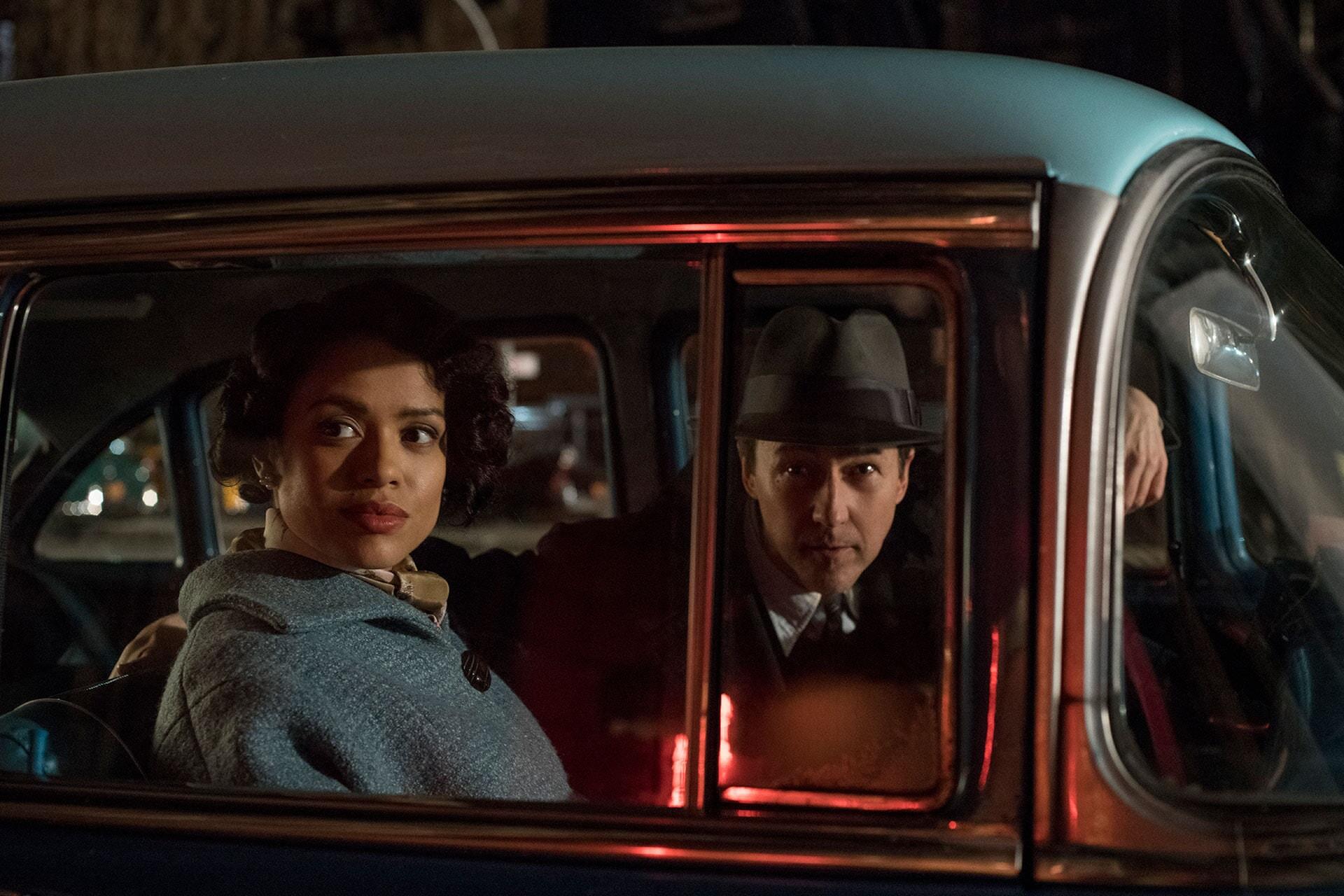 MOTHERLESS BROOKLYN: (L-R) GUGU MBATHA-RAW as Laura Rose and EDWARD NORTON as Lionel Essrog