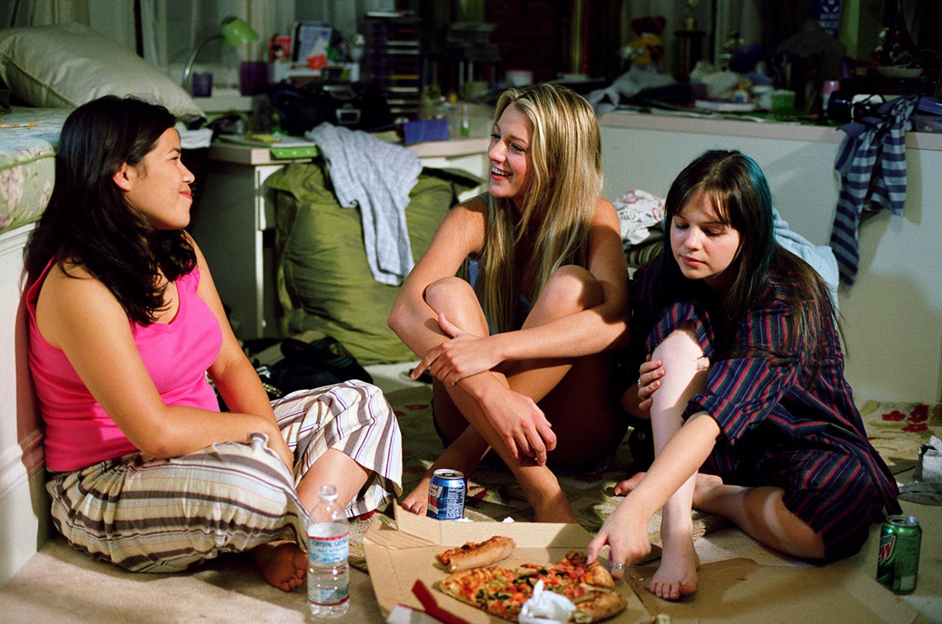 The Sisterhood of the Traveling Pants - Image 1