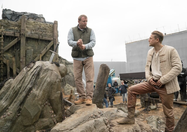 "Director/screenwriter/producer GUY RITCHIE and CHARLIE HUNNAM on the set of Warner Bros. Pictures' and Village Roadshow Pictures' fantasy action adventure ""KING ARTHUR: LEGEND OF THE SWORD,"" distributed worldwide by Warner Bros. Pictures and in select territories by Village Roadshow Pictures."