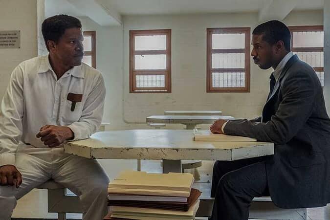 (L-r) JAMIE FOXX as Walter McMillian and MICHAEL B. JORDAN as Bryan Stevenson