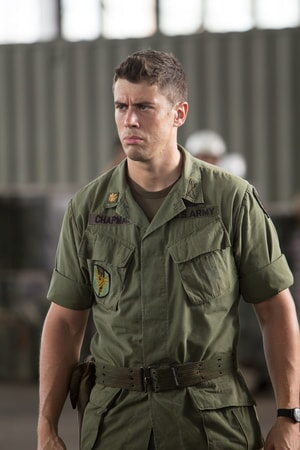 "TOBY KEBBELL as Jack Chapman in Warner Bros. Pictures', Legendary Pictures' and Tencent Pictures' action adventure ""KONG: SKULL ISLAND,"" a Warner Bros. Pictures release."