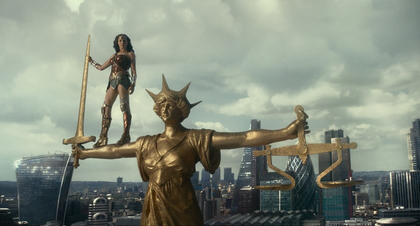 """GAL GADOT as Wonder Woman in Warner Bros. Pictures' action adventure """"JUSTICE LEAGUE,"""" a Warner Bros. Pictures release."""