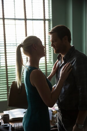 """KATHERINE HEIGL as Tessa Connover and GEOFF STULTS as David Connover in Warner Bros. Pictures' dramatic thriller """"UNFORGETTABLE,"""" a Warner Bros. Pictures release."""