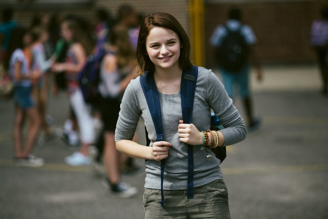 "JOEY KING as Brooklyn Harding in the New Line Cinema and Village Roadshow comedy ""GOING IN STYLE,"" a Warner Bros. Pictures release."