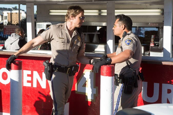 """DAX SHEPARD as Jon and MICHAEL PEÑA as Ponch in Warner Bros. Pictures' action comedy """"CHIPS,"""" a Warner Bros. Pictures release."""