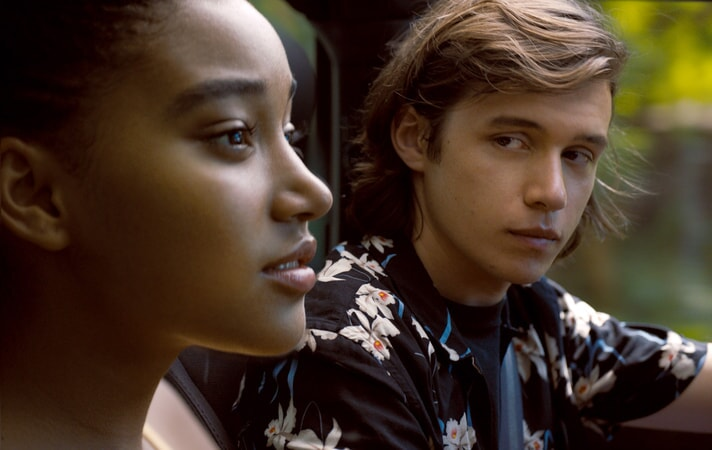 """AMANDLA STENBERG as Maddy and NICK ROBINSON as Olly in the Warner Bros. Pictures and Metro-Goldwyn-Mayer Pictures romantic drama """"EVERYTHING, EVERYTHING,"""" a Warner Bros. Pictures release."""