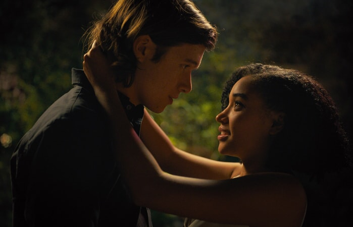 """NICK ROBINSON as Olly and AMANDLA STENBERG as Maddy in the Warner Bros. Pictures and Metro-Goldwyn-Mayer Pictures romantic drama """"EVERYTHING, EVERYTHING,"""" a Warner Bros. Pictures release."""