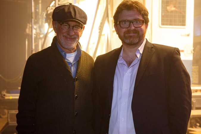 """(L-R) Director/producer STEVEN SPIELBERG and screenwriter/author ERNEST CLINE on the set of Warner Bros. Pictures', Amblin Entertainment's and Village Roadshow Pictures' action adventure """"READY PLAYER ONE,"""" a Warner Bros. Pictures release."""