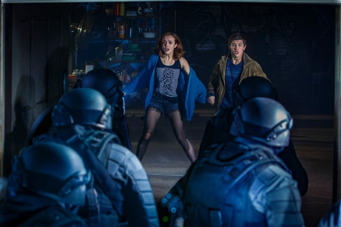 """OLIVIA COOKE as Samantha and TYE SHERIDAN as Wade in Warner Bros. Pictures', Amblin Entertainment's and Village Roadshow Pictures' action adventure """"READY PLAYER ONE,"""" a Warner Bros. Pictures release."""
