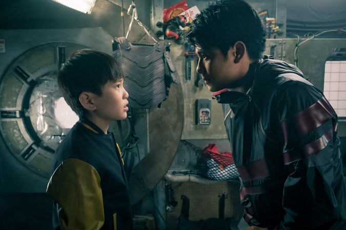 """PHILIP ZHAO as Sho and WIN MORISAKI as Daito in Warner Bros. Pictures', Amblin Entertainment's and Village Roadshow Pictures' action adventure """"READY PLAYER ONE,"""" a Warner Bros. Pictures release."""