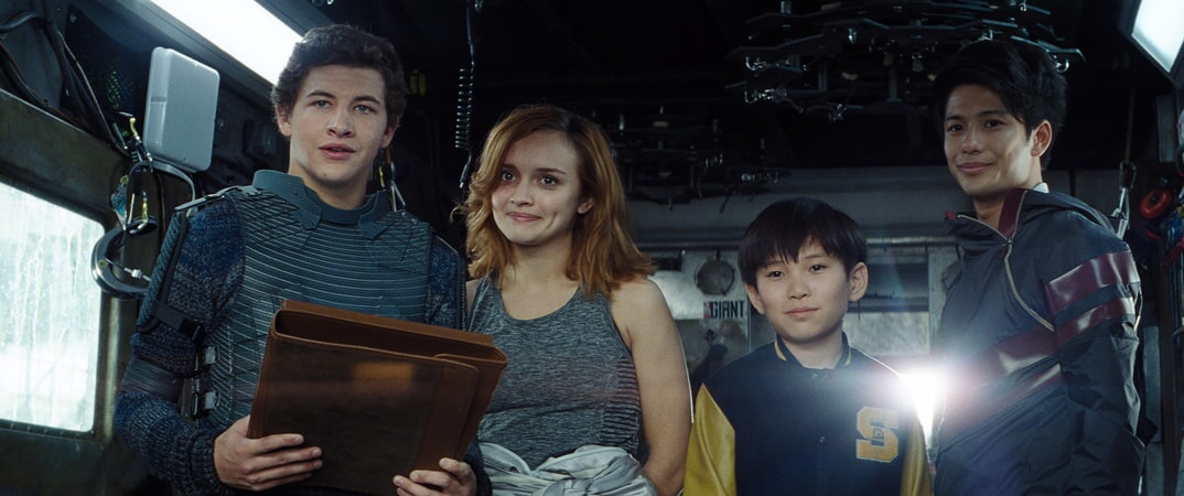 """(L-R) TYE SHERIDAN as Wade, OLIVIA COOKE as Samantha, PHILIP ZHAO as Sho and WIN MORISAKI as Daito in Warner Bros. Pictures', Amblin Entertainment's and Village Roadshow Pictures' action adventure """"READY PLAYER ONE,"""" a Warner Bros. Pictures release."""