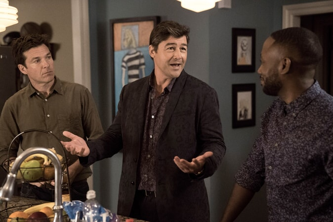 "JASON BATEMAN as Max, KYLE CHANDLER as Brooks and LAMORNE MORRIS as Kevin in New Line Cinema's action comedy ""GAME NIGHT,"" a Warner Bros. Pictures release."