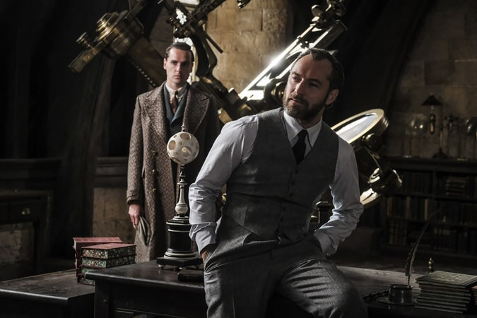 """JUDE LAW as young Albus Dumbledore in Warner Bros. Pictures' fantasy adventure """"FANTASTIC BEASTS: THE CRIMES OF GRINDELWALD,"""" a Warner Bros. Pictures release. Photo by Jaap Buitendijk"""