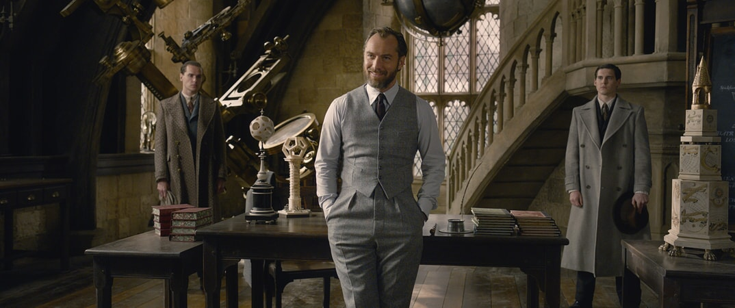 """JUDE LAW as young ALBUS DUMBLEDORE in Warner Bros. Pictures' fantasy adventure """"FANTASTIC BEASTS: THE CRIMES OF GRINDELWALD,"""" a Warner Bros. Pictures release."""