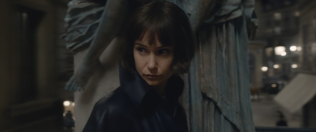 """KATHERINE WATERSTON as Tina Goldstein in Warner Bros. Pictures' fantasy adventure """"FANTASTIC BEASTS: THE CRIMES OF GRINDELWALD,"""" a Warner Bros. Pictures release"""