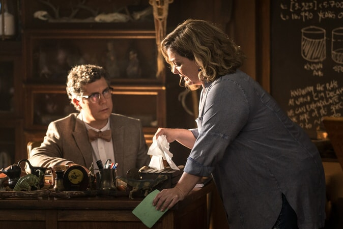 "(L-R) CHRIS PARNELL as Mr. Truzack and MELISSA McCARTHY as Deanna in New Line Cinema's comedy ""LIFE OF THE PARTY,"" a Warner Bros. Pictures' release."