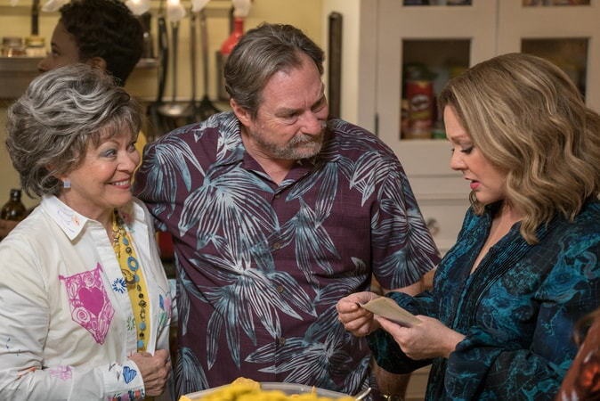 "(L-R) JACKI WEAVER as Sandy, STEPHEN ROOT as Mike and MELISSA McCARTHY as Deanna in New Line Cinema's comedy ""LIFE OF THE PARTY,"" a Warner Bros. Pictures' release."