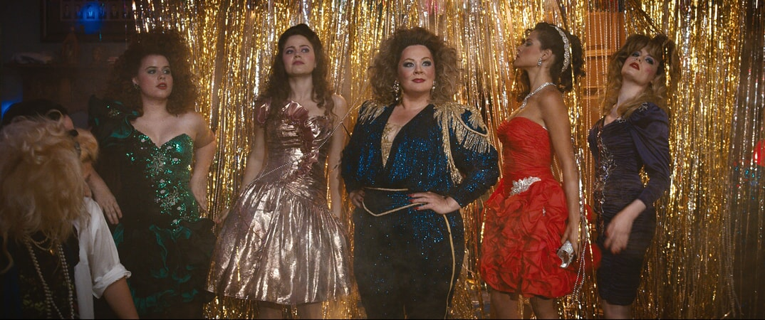 "(L-R) JESSIE ENNIS as Debbie, MOLLY GORDON as Maddie, MELISSA McCARTHY as Deanna, ADRIA ARJONA as Amanda and GILLIAN JACOBS as Helen in New Line Cinema's comedy ""LIFE OF THE PARTY,"" a Warner Bros. Pictures' release."