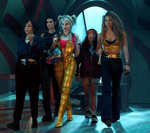 """(L-r) ROSIE PEREZ as Renee Montoya, MARY ELIZABETH WINSTEAD as Huntress, MARGOT ROBBIE as Harley Quinn, ELLA JAY BASCO as Cassandra Cain and JURNEE SMOLLETT-BELL as Black Canary in Warner Bros. Pictures' """"BIRDS OF PREY (AND THE FANTABULOUS EMANCIPATION OF ONE HARLEY QUINN),"""""""
