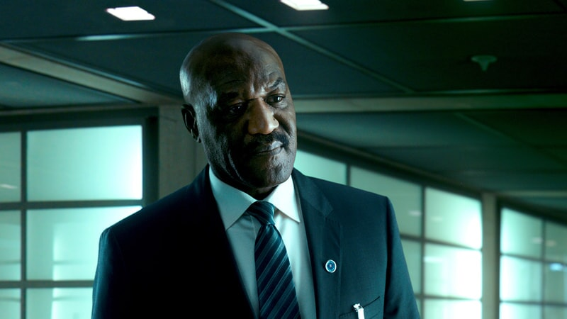 "DELROY LINDO as Instructor Hall in Alcon Entertainment's action thriller ""POINT BREAK,"" a Warner Bros. Pictures release."