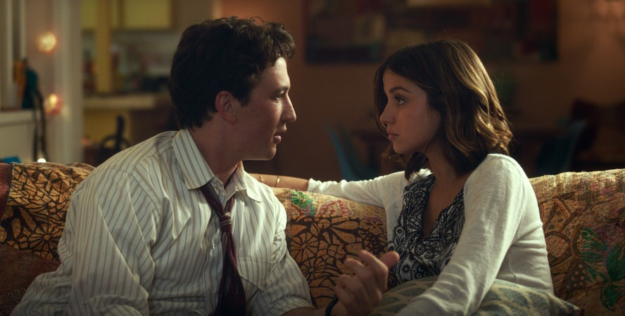 "MILES TELLER as David and ANA DE ARMAS as Iz in Warner Bros. Pictures' comedic drama (based on true events) ""WAR DOGS,"" a Warner Bros. Pictures release."
