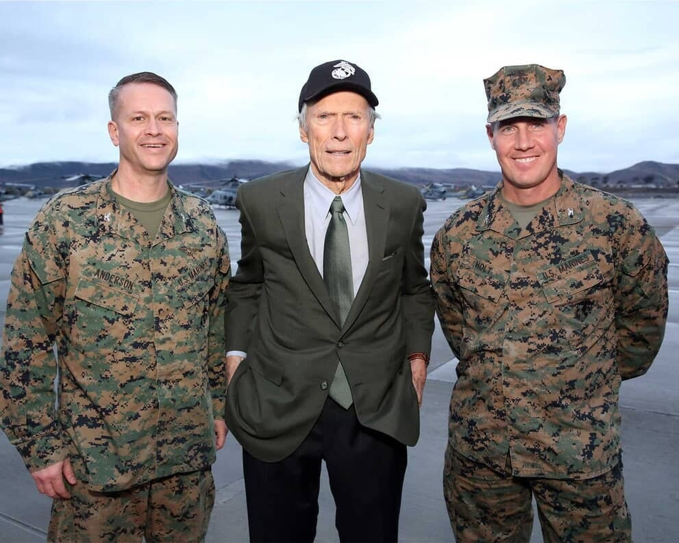Clint Eastwood - Camp Pendleton - Promo